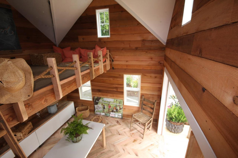 tiny-schoolhouse-6