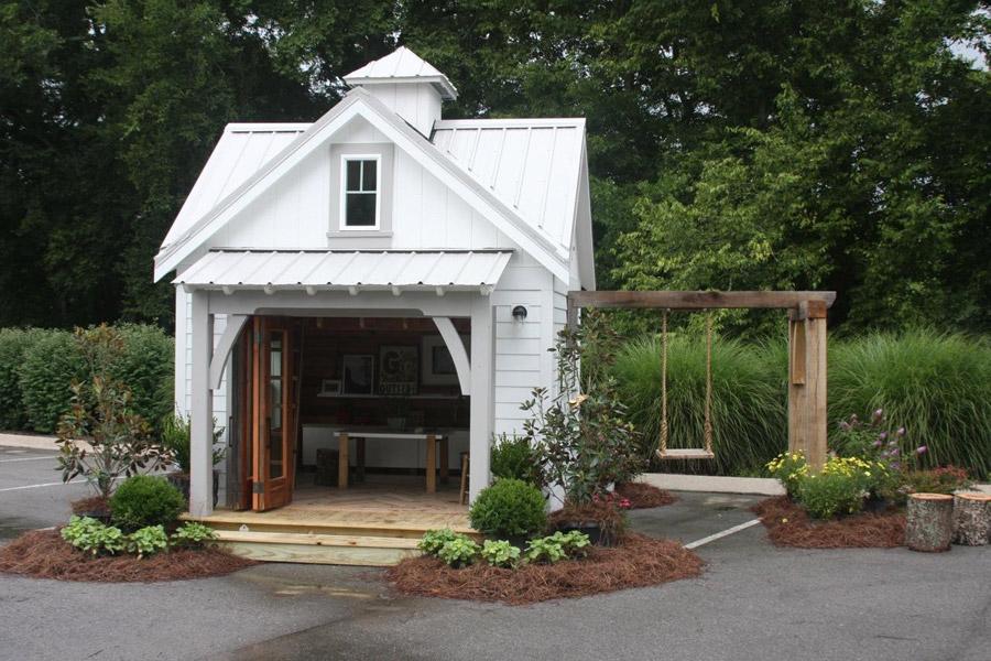 tiny-schoolhouse-9