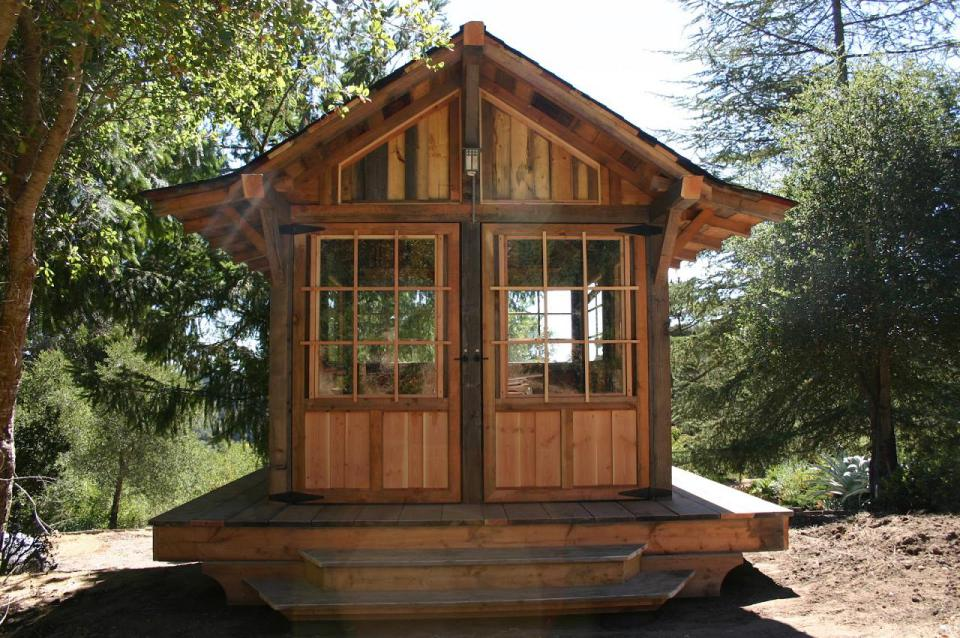 tiny wood cabin house  (2)