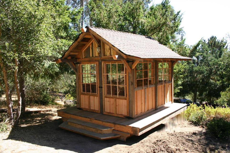 tiny wood cabin house  (3)