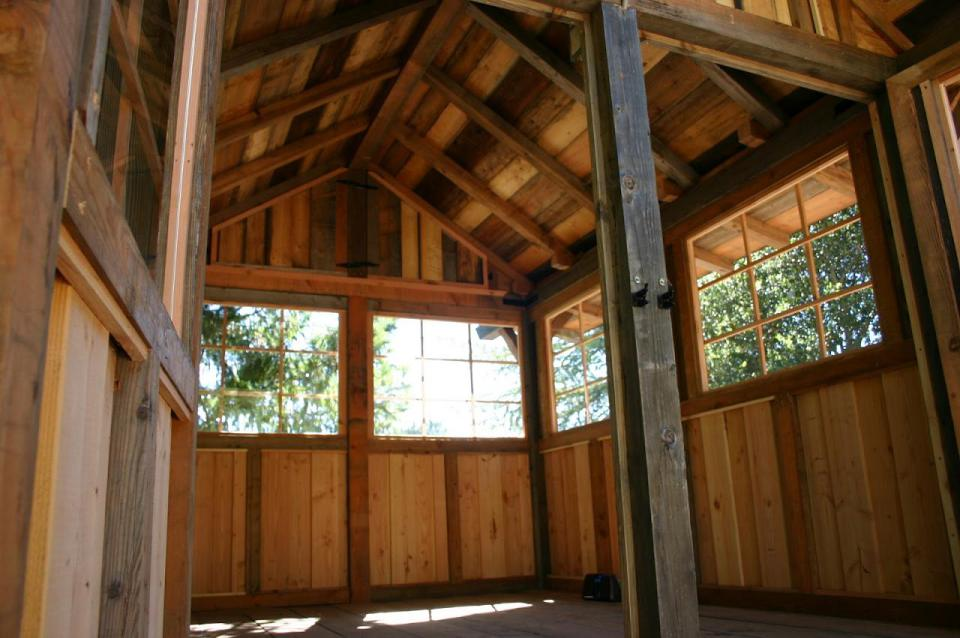 tiny wood cabin house  (7)