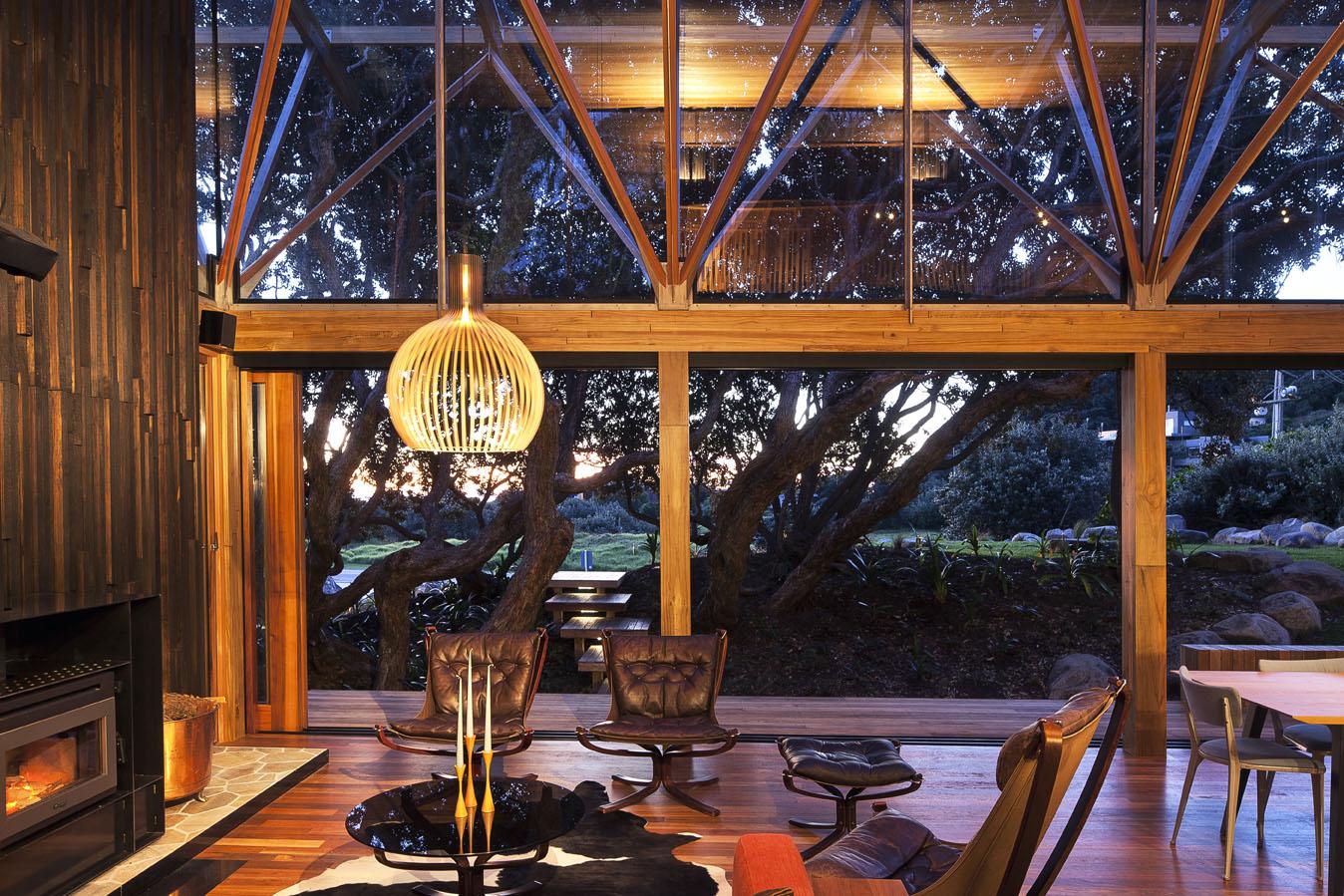 wooden-frames-structure-stylish-modern-house-design7