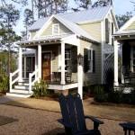 บ้านกระท่อมไม้สองชั้นแบบยูโรเปี้ยน ขนาดกะทัดรัดน่ารัก ตกแต่งให้อารมณ์วินเทจ