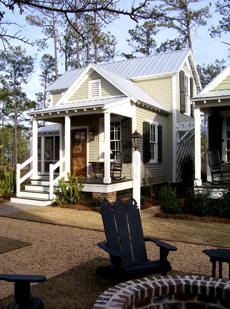 wooden-mini-cottage-house