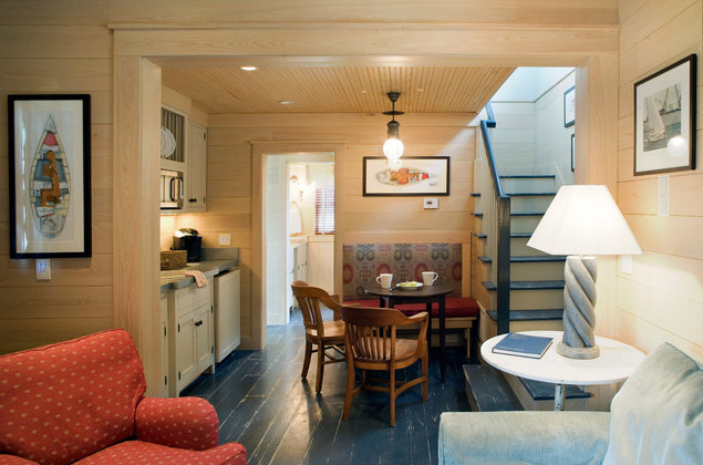 wooden-mini-cottage-house6