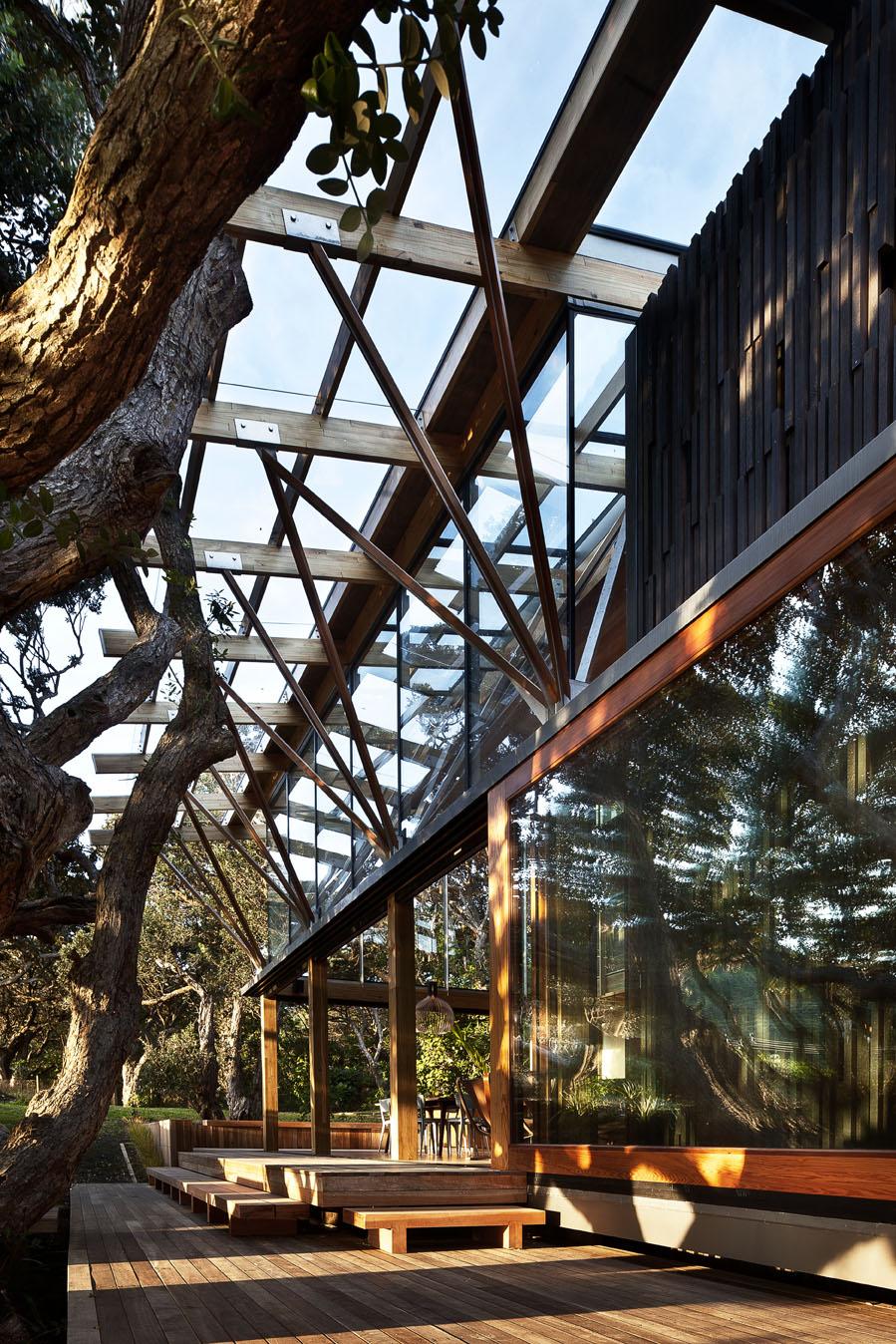 wooden-terrace-outdoor-modern-house-design-innovation9