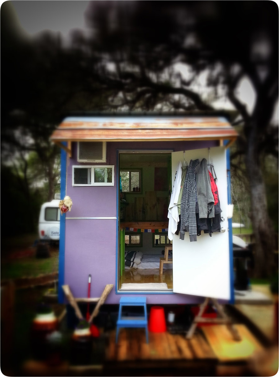 83-square-feet-tiny-house-1