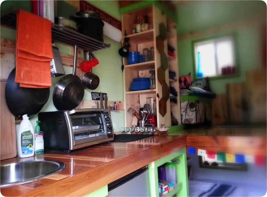 83-square-feet-tiny-house-4