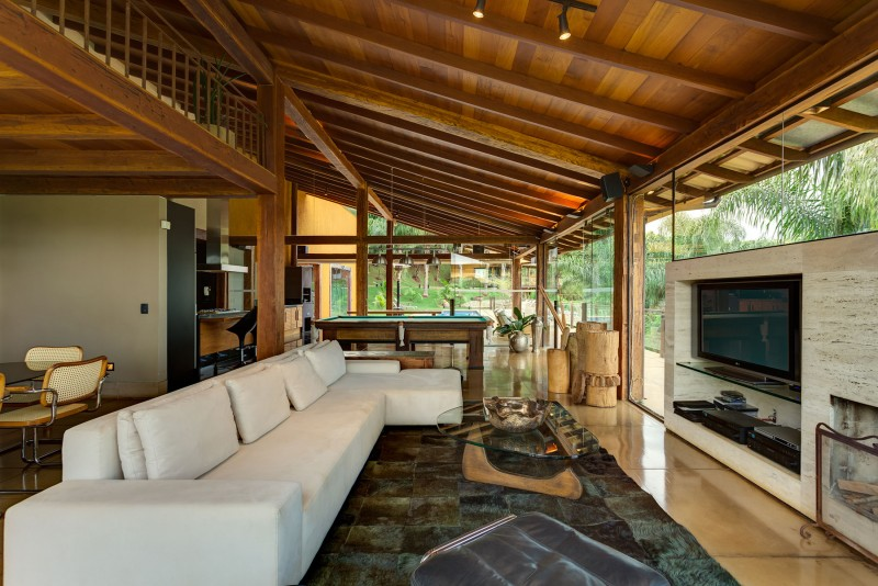 A-Country-Home-in-Brazil-07-800x534