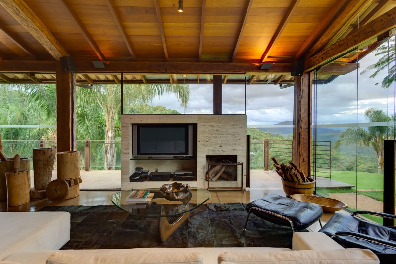 A-Country-Home-in-Brazil-09-800x533