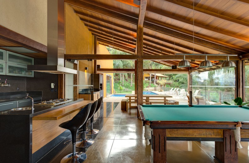 A-Country-Home-in-Brazil-11-800x523
