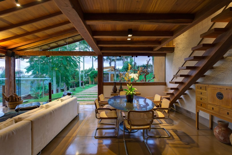 A-Country-Home-in-Brazil-13-800x533