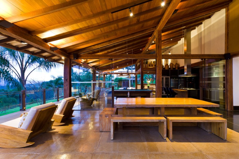 A-Country-Home-in-Brazil-14-800x533