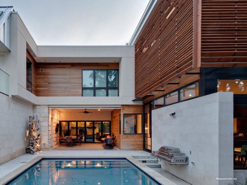 Caruth-House-03-800x600