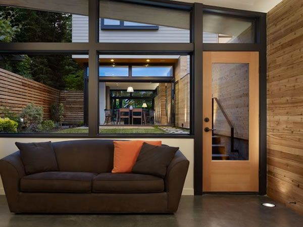 Contemporary-Wall-House-in-Seattle-11