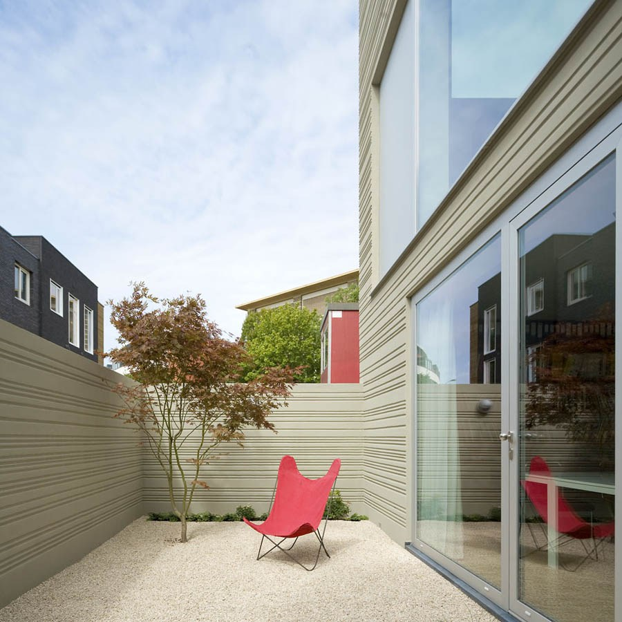 compact 3 storey townhome (11)