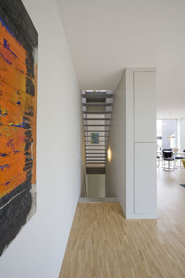 compact 3 storey townhome (15)