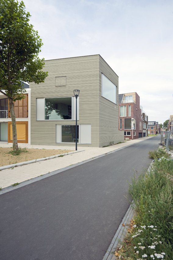 compact 3 storey townhome (6)