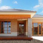 บ้านเดี่ยวชั้นเดียว ออกแบบดูมั่นคงแข็งแรง พร้อมการตกแต่งแบบเรียบง่ายสวยงาม