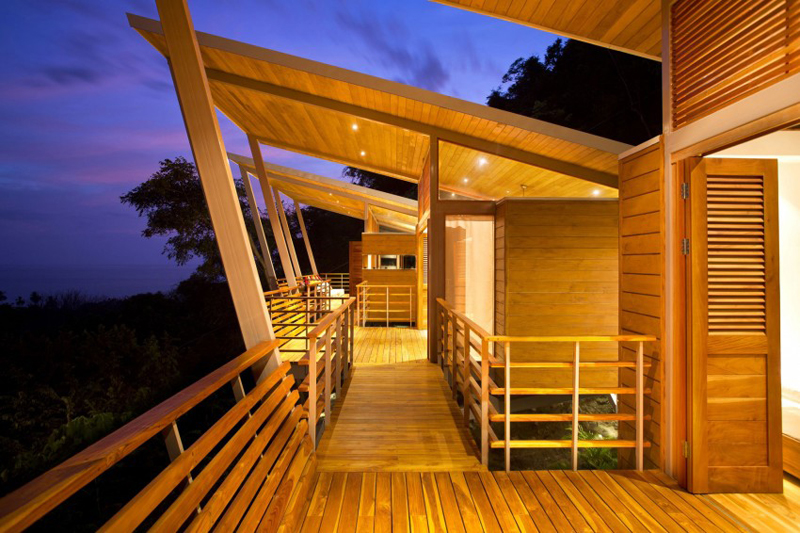 contemporary wood vacation house in costa rica (12)