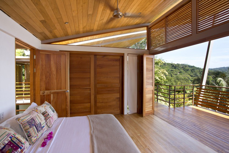 contemporary wood vacation house in costa rica (13)
