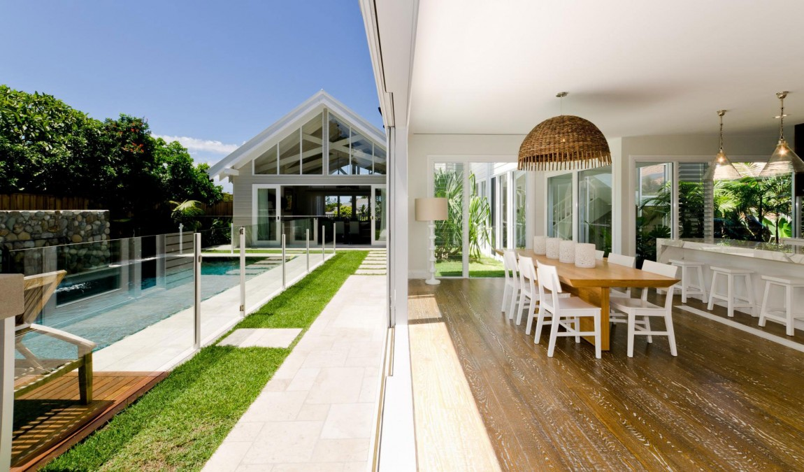 cottage tropical house for serene life (10)