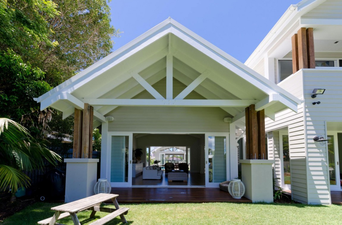 cottage tropical house for serene life (4)