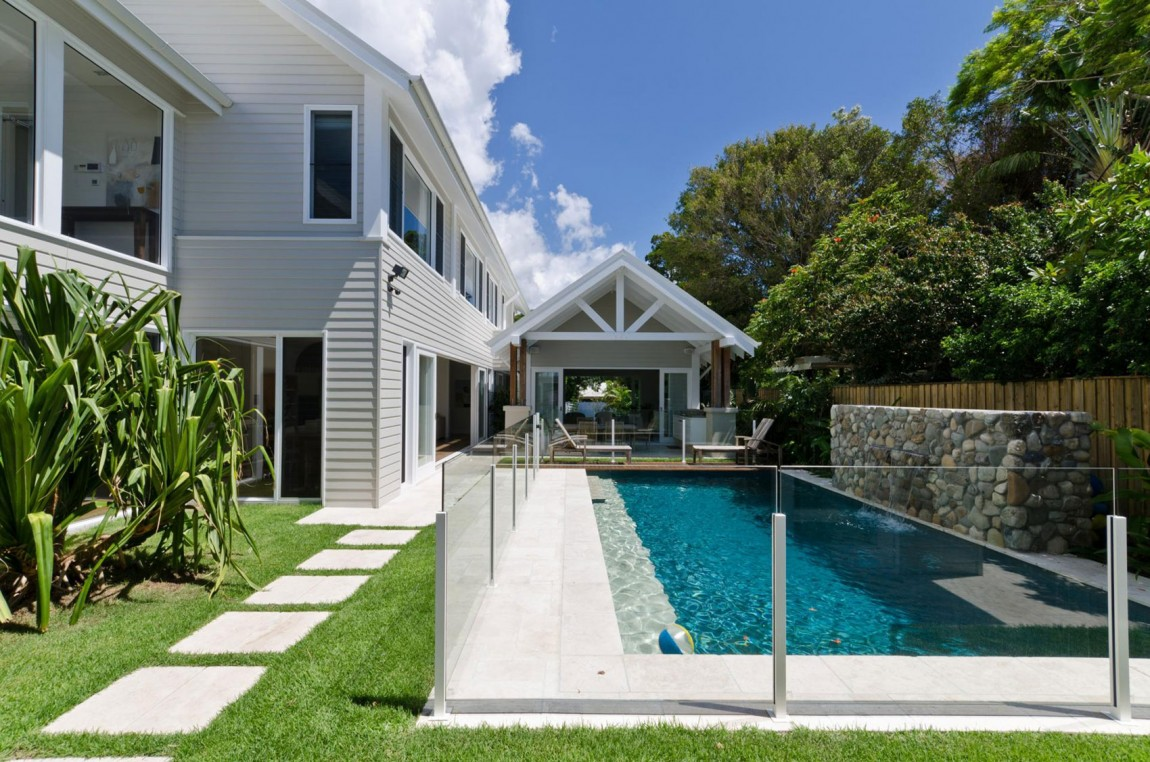 cottage tropical house for serene life (7)
