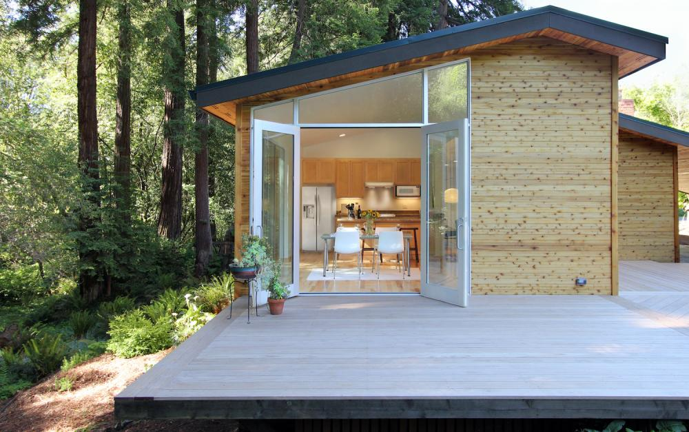 cottage wooden house in california usa (10)