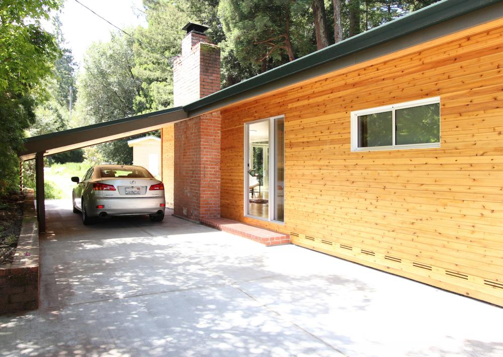 cottage wooden house in california usa (2)