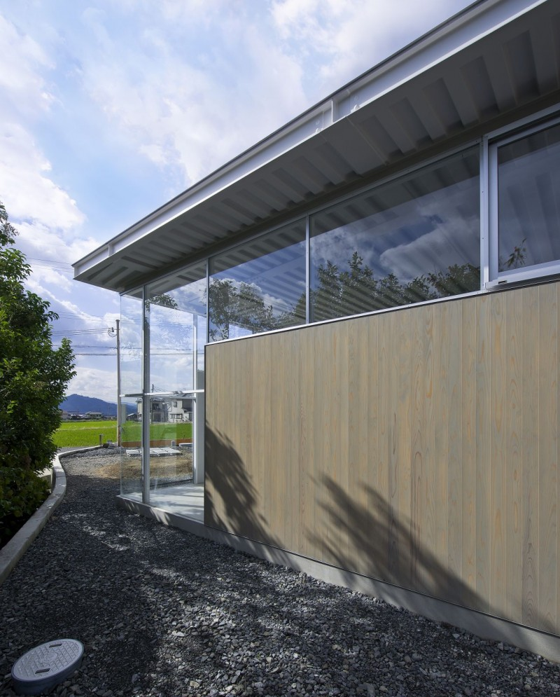 countryside modern house with garden in japan (6)