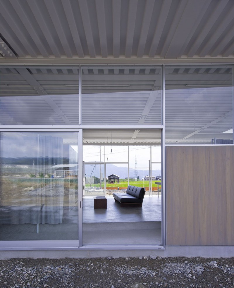 countryside modern house with garden in japan (7)