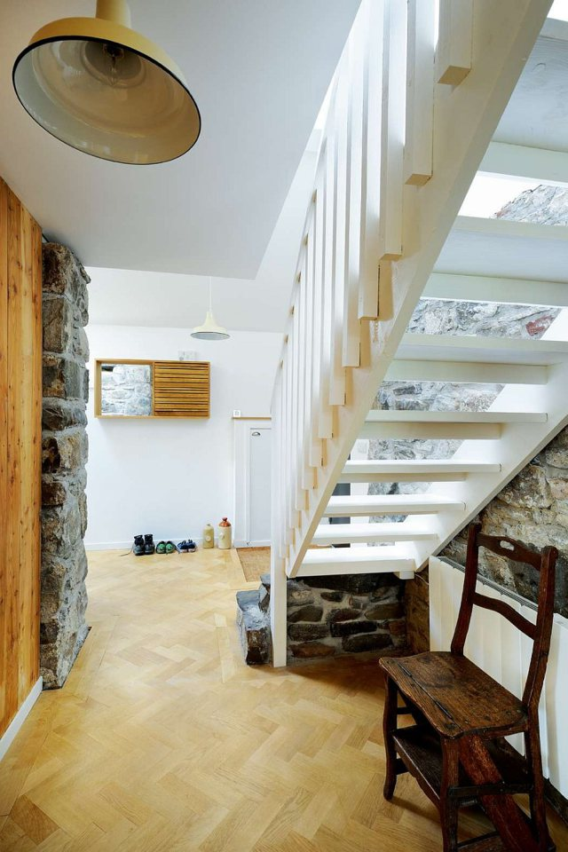 english cottage house renovation modern contamporary (12)