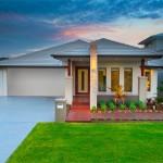 บ้านชั้นเดียว ออกแบบเรียบง่ายร่วมสมัย ขนาด 4 ห้องนอน รองรับชีวิตครอบครัว
