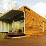 บ้านจากตู้คอนเทนเนอร์ นำมาแต่งด้วยไม้ให้ดูสวยงาม ภายในดูโมเดิร์นทันสมัย