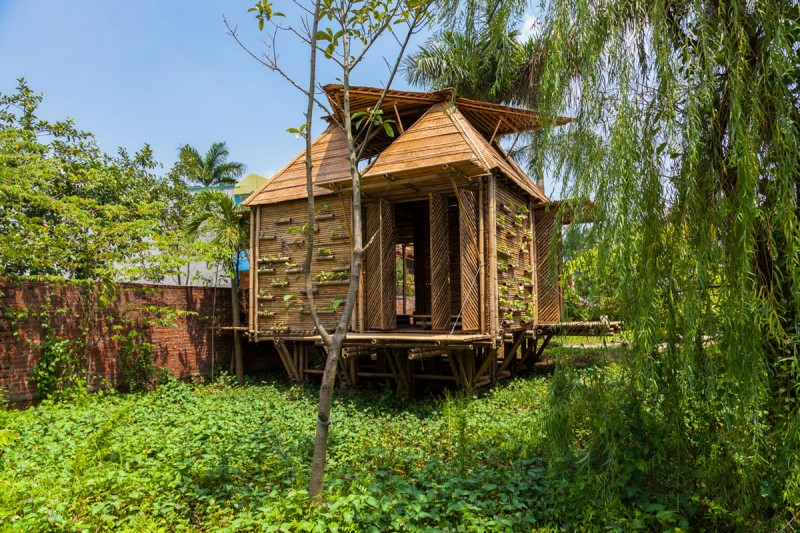 mini cottage bamboo house (1)