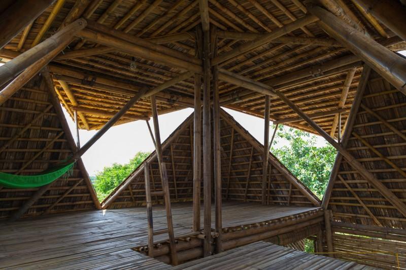 mini cottage bamboo house (13)