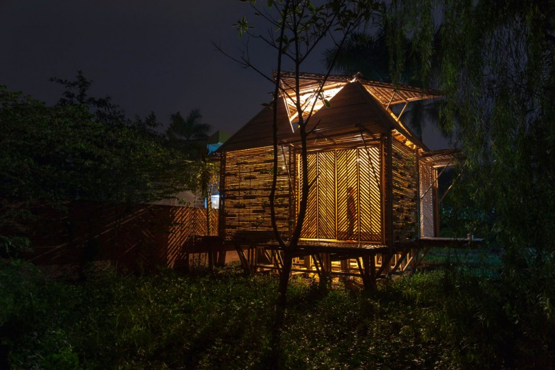 mini cottage bamboo house (20)