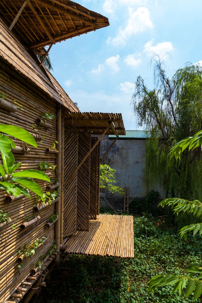 mini cottage bamboo house (3)