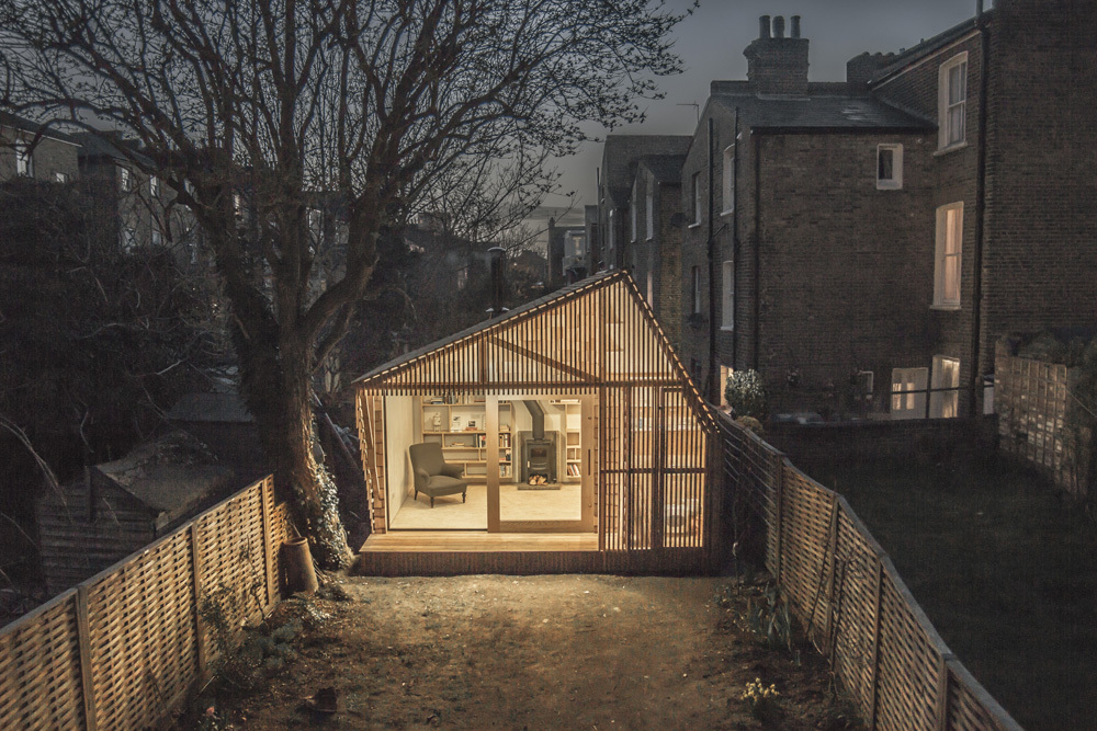 mini wooden home office in london (3)