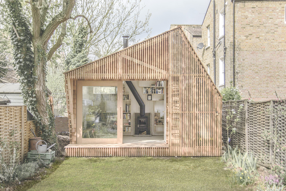 mini wooden home office in london (5)