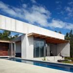 แบบบ้านพักตากอากาศ สร้างด้วยปูนสีโทนดิบ พร้อมตกแต่งให้เน้นความโปร่งโล่ง