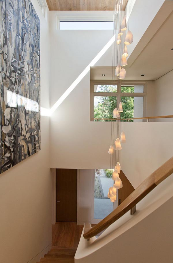 modern contemporary family house (11)
