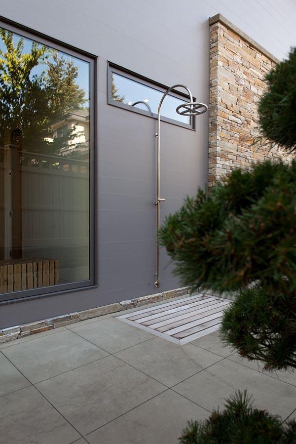 modern contemporary family house (24)