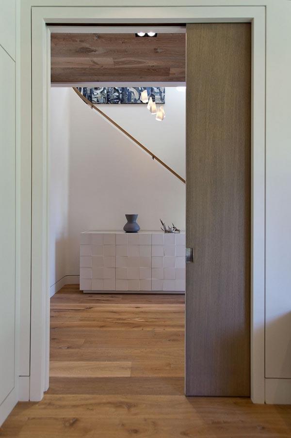 modern contemporary family house (29)