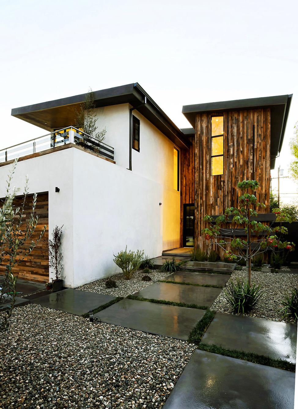 modern contemporary house  (2)