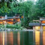 บ้านตากอากาศริมทะเลสาบ ออกแบบอย่างทันสมัย ตกแต่งให้ใกล้เคียงกับธรรมชาติ