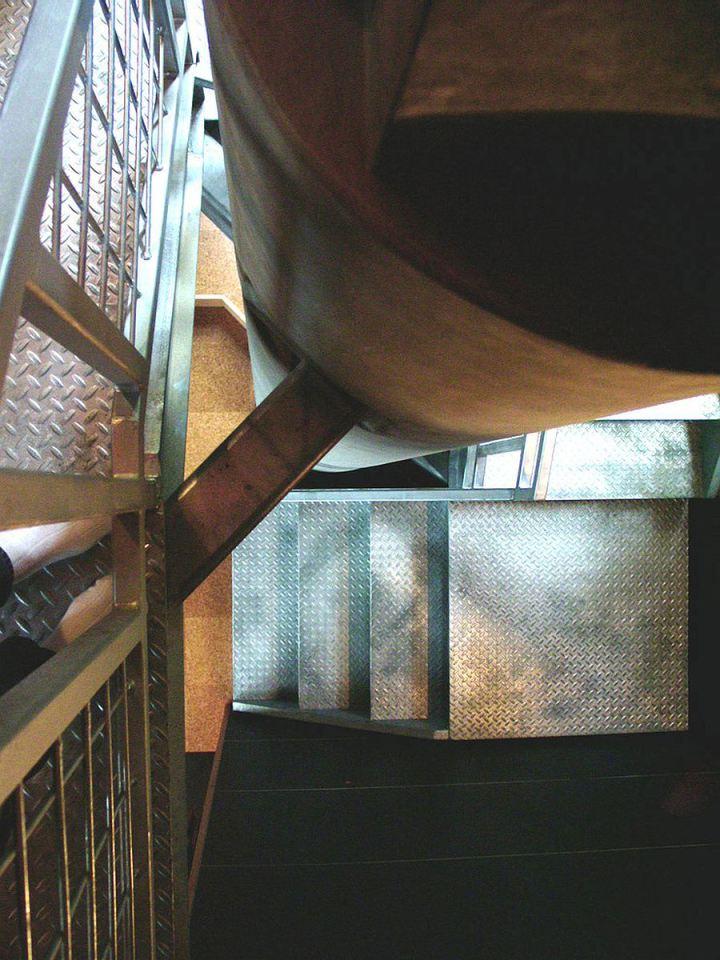 modern contemporary loft house mini (10)