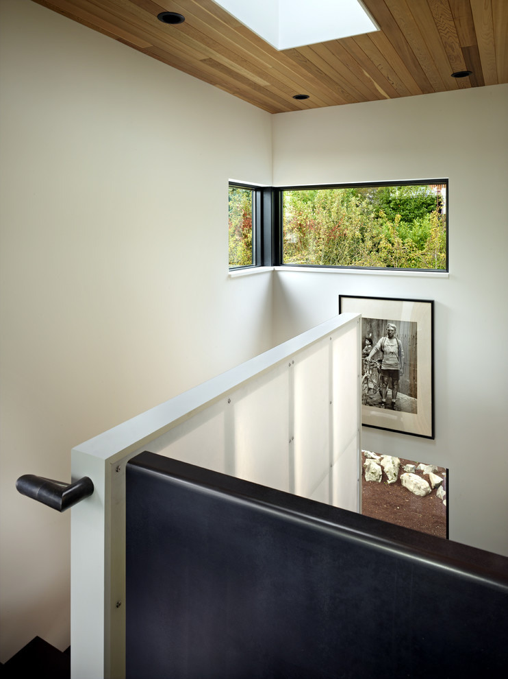 modern house near lake in seattle perfect life (10)