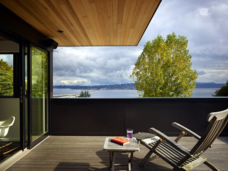 modern house near lake in seattle perfect life (6)